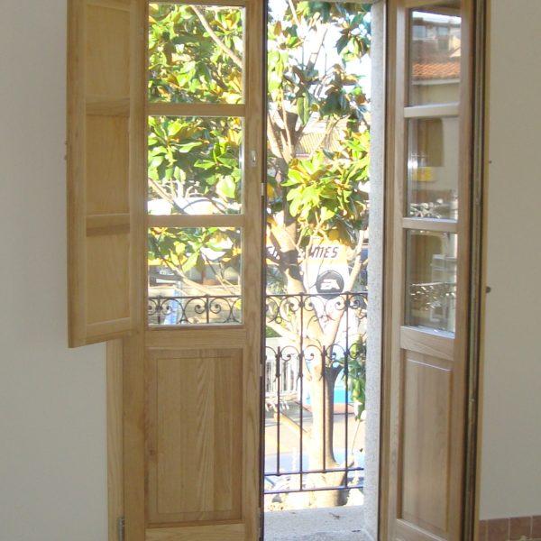 Porta finestra 2 ante con scuretti